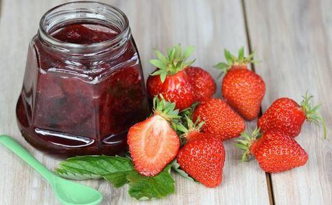 草莓酱可以减肥吗 草莓酱的热量高吗 草莓酱的营养价值