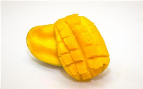 女性经常吃五种水果来预防乳腺癌。
