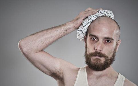 男人掉发很严重怎么办 男人掉发怎么调理 男人掉发是饮食偏方