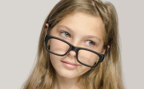 青少年会得青光眼吗 中年人青光眼有什么症状 老年人青光眼如何检查