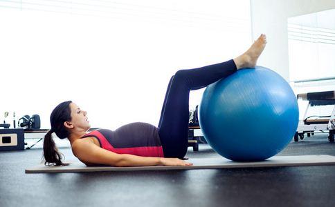 孕妇练习瑜伽有什么好处 孕妇瑜伽什么时候开始做好 亲子瑜伽从什么时候开始