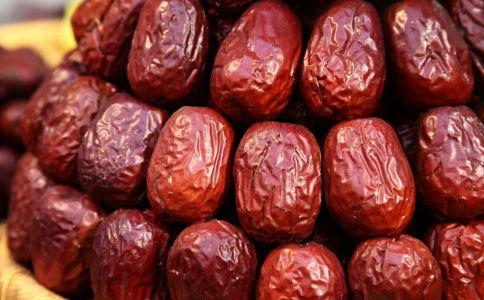 哪些人不能吃红枣 吃红枣有什么功效 红枣怎么吃好