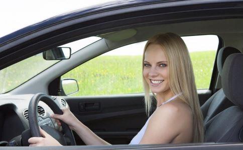 开车疲劳犯困怎么办 开车疲劳犯困如何提神 提神吃什么好