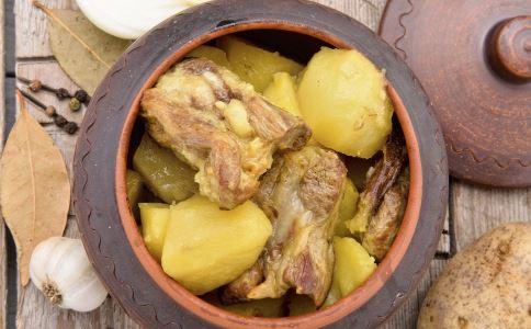 孕期补钙食谱 土豆炖排骨 土豆炖排骨的做法