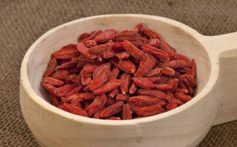 吃枸杞对身体有害吗 哪些人不能吃枸杞 枸杞怎么吃最好