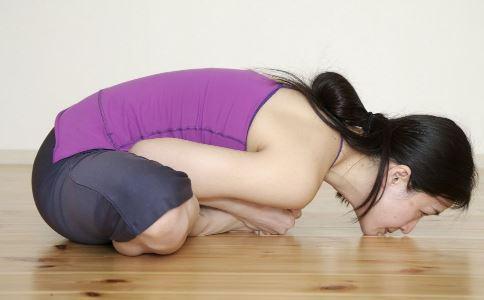 如何瘦腰 瘦腰有什么方法 哪些瑜伽动作可以瘦腰