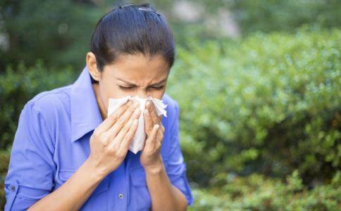 过敏性鼻炎怎么根治 过敏性鼻炎的危害 过敏性鼻炎的治疗方法