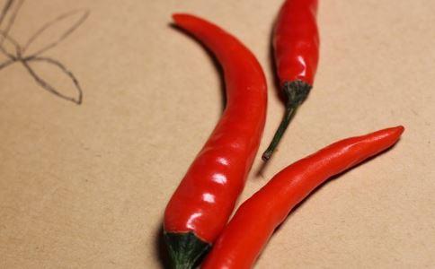 哪些人不能吃辣椒 吃辣椒有什么好处 辣椒的功效有哪些