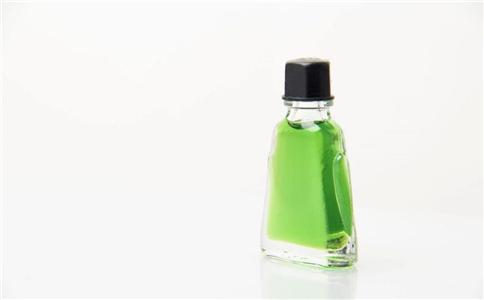 风油精有什么作用 风油精的用途是什么 风油精的功效有哪些