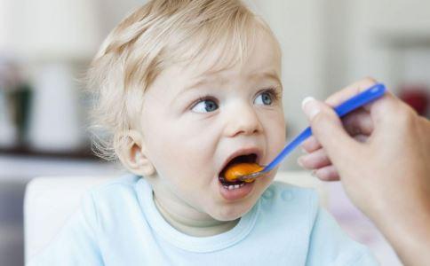 宝宝积食有什么症状 宝宝积食的症状是什么 宝宝积食如何预防