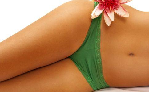 盆腔炎有什么症状 女人患盆腔炎的原因 盆腔炎的原因有哪些