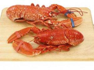 偷30斤龙虾一次吃光 吃小龙虾注意8件事