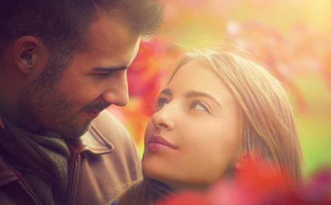 恋爱中女人为什么爱吃醋 女人恋爱后有什么变化 女人爱吃醋的原因
