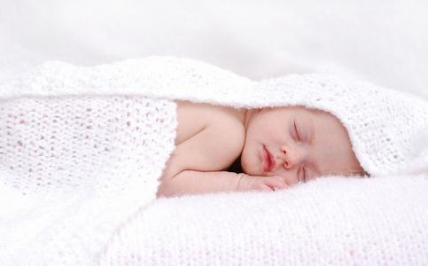 宝宝睡觉出汗多 宝宝睡觉出汗多怎么回事 宝宝睡觉出汗多怎么办