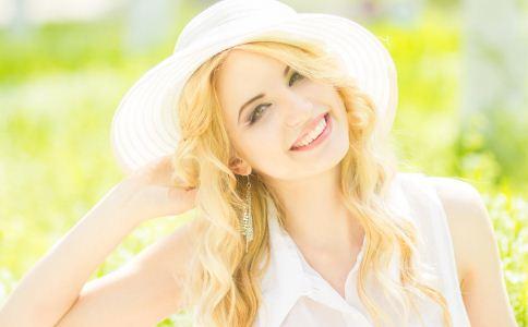 单身女人的常见表现 女人如何提高自信 女人提高自信的方法