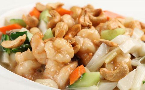 腰果炒虾仁有什么做法 腰果炒虾仁有什么营养 如何做腰果炒虾仁