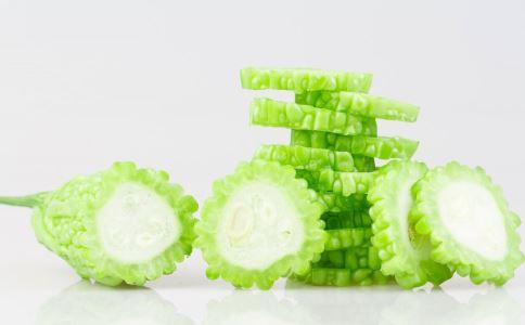 吃苦瓜可以减肥吗 苦瓜减肥餐有哪些 苦瓜怎么吃可以减肥