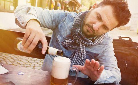 威胁男性健康的因素 哪些行为威胁男性健康 养护前列腺健康的方法