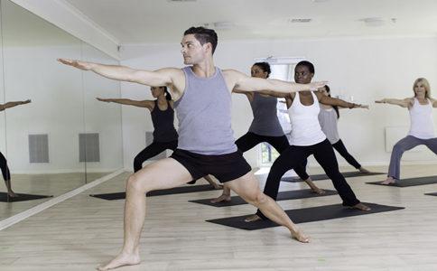 40岁男人怎么健身 40岁男人健身注意什么 40岁男人健身有什么计划