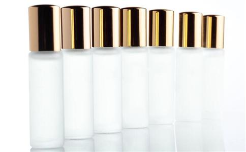 什么是化妆水 如何选择化妆水 如何使用化妆水