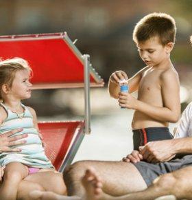 带宝宝出游要注意什么 带宝宝出游的注意事项有哪些 宝宝多大能带出去游玩