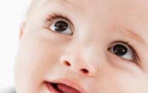 如何去除新生儿乳痂 3个方法帮你解决