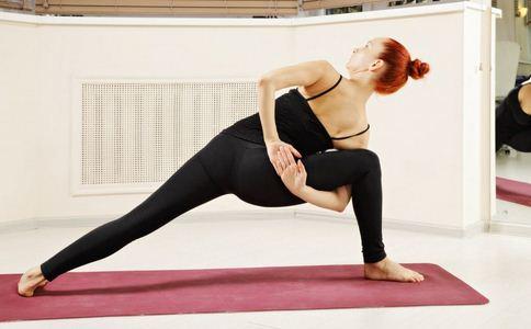 产后恢复要做什么瑜伽 产后恢复做男性瑜伽好 产后做什么瑜伽可以恢复身材