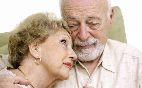 老年人如何预防白内障 老年人预防白内障的方法有哪些 老年人该怎样预防白内障