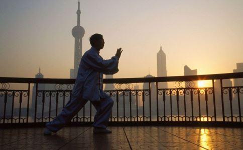 练习太极拳要注意什么 练习太极拳好吗 什么时候练太极拳好