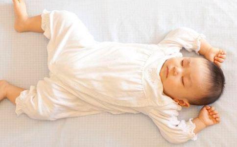新生儿黄疸怎么护理 新生儿黄疸护理方法 新生儿黄疸护理注意事项