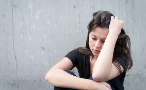 抑郁症自查方法 抑郁吃什么食物好 抑郁症的症状
