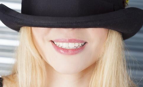 口腔溃疡是癌变吗 如何预防口腔溃疡 口腔溃疡的预防方法有哪些