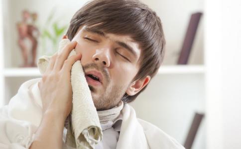 三叉神经痛的危害 三叉神经痛怎么治疗 三叉神经痛的治疗方法