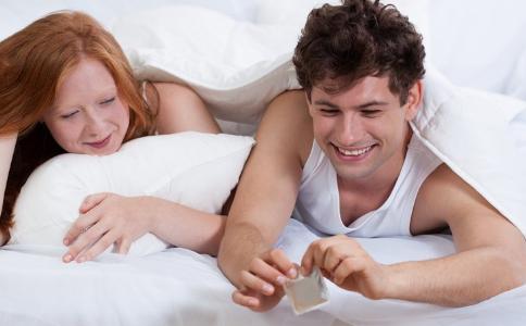 避孕套怎么使用 避孕套使用注意事项 避孕套使用的方法