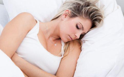 急性胃炎的有几种类型 急性胃炎有什么症状 急性胃炎的种类有哪些