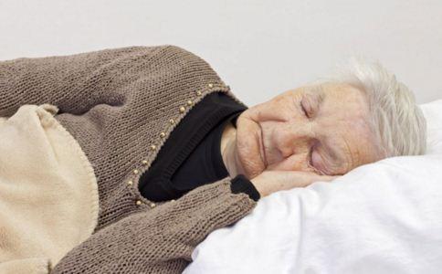 导致失眠的食物有哪些 吃什么能改善睡眠 失眠怎么快速入睡