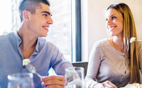 女生第一次约会注意什么 女生约会要怎么打扮 女生约会的技巧