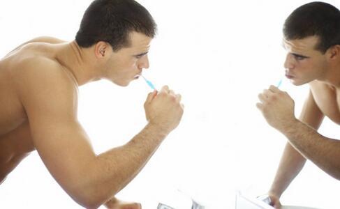 口腔溃疡如何预防 口腔溃疡的预防方法有哪些 怎么预防口腔溃疡