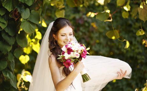 女人为什么比男人更想结婚 女人如何快速脱单 女人脱单的技巧