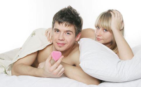 生殖器疱疹有什么症状 生殖器疱疹怎么预防 生殖器疱疹早期症状是什么