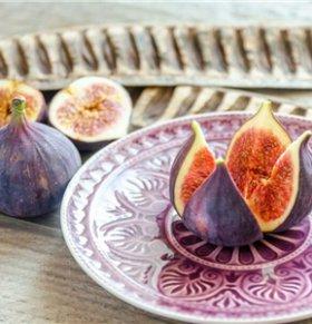 预防肺癌吃什么 哪些水果能预防肺癌 预防肺癌的方法有哪些