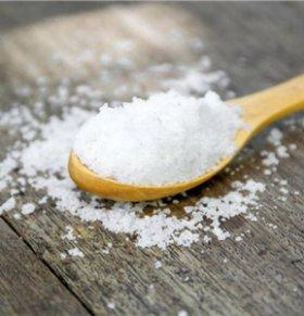 市民疑似买到脚臭盐 超市不予退货