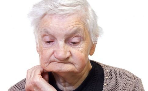 出现幻觉是精神病吗 老人出现幻觉怎么办 如何预防老人患精神病