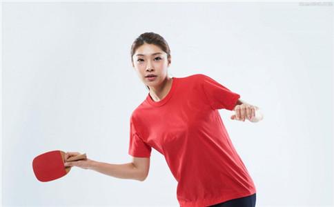 打乒乓球的益处 锻炼眼睛颈椎