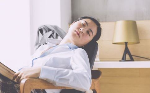初夏午睡好吗 午睡的好处有哪些 怎么正确午睡