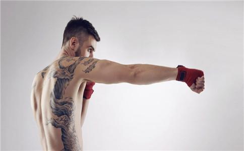 练拳击的训练方法 练拳击有什么好处 沙袋应该怎么打
