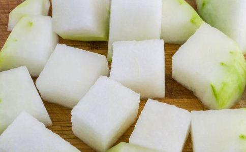 冬瓜祛湿汤的做法 冬瓜汤的做法 冬瓜的功效与作用