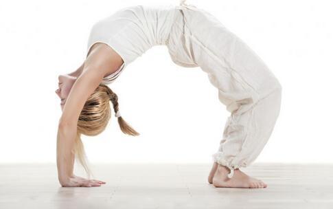 喂奶边练瑜伽 女性瑜伽有哪些好处 女性练习瑜伽的好处
