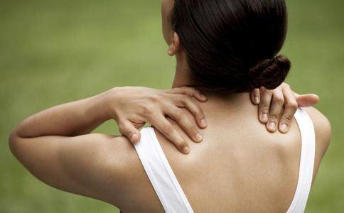 肩周炎有哪些症状 如何预防肩周炎 肩周炎的预防方法有哪些