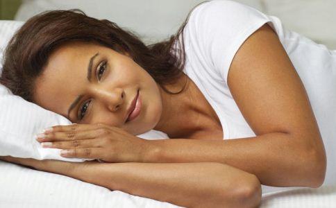 中年女人为什么会失眠 中年女人如何快速入睡 女人吃什么有助入眠